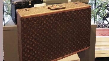 Une valise de Brigitte Bardot bientôt vendue aux enchères par Vincent Niclo au profit de la Fondation !
